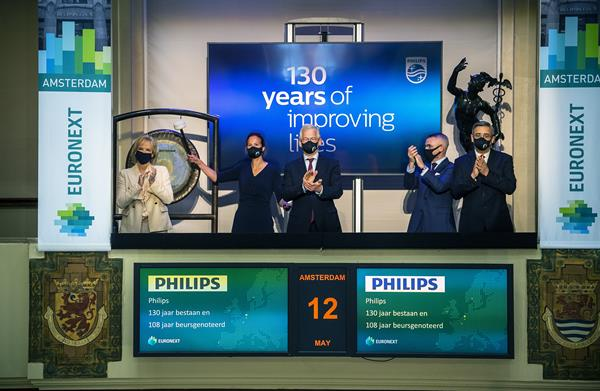To celebrate 130 years of Philips Frans van Houten, CEO of Philips, opened the Euronext Amsterdam Stock Exchange this morning
