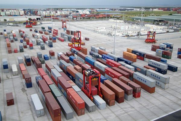 Kalmar AutoStrad™ -ratkaisu Brisbanen terminaalissa