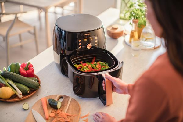 Philips Airfryer XXL with Smart Sensing Technology