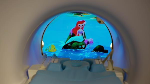 Philips Disney Ambient Experience Ariel and Nemo