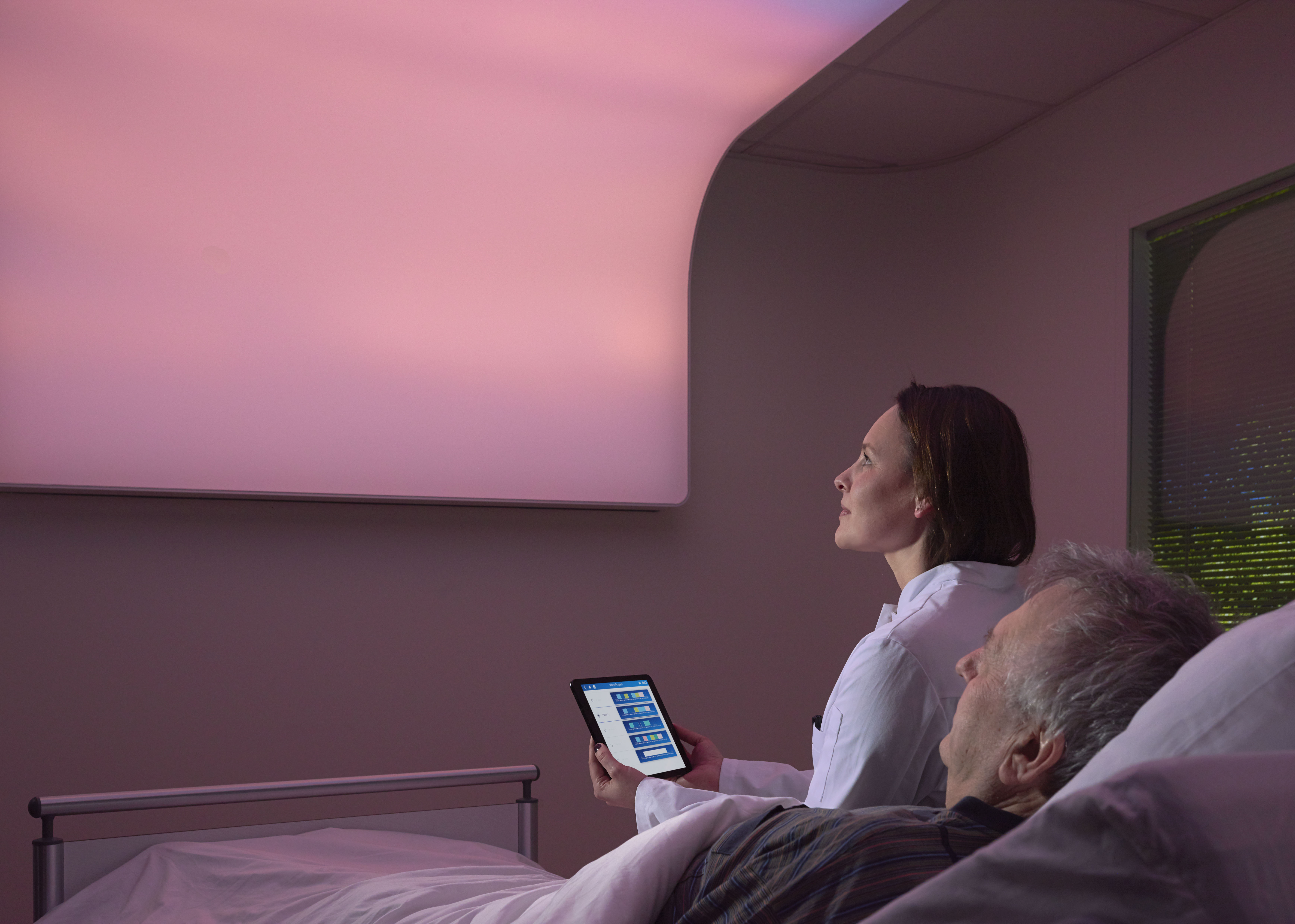 Philips VitalMinds solution to help prevent delirium 2